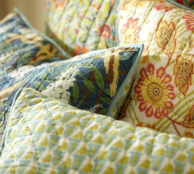 Scalloped Organic Patchwork Quilt Amp Shams Quilts
