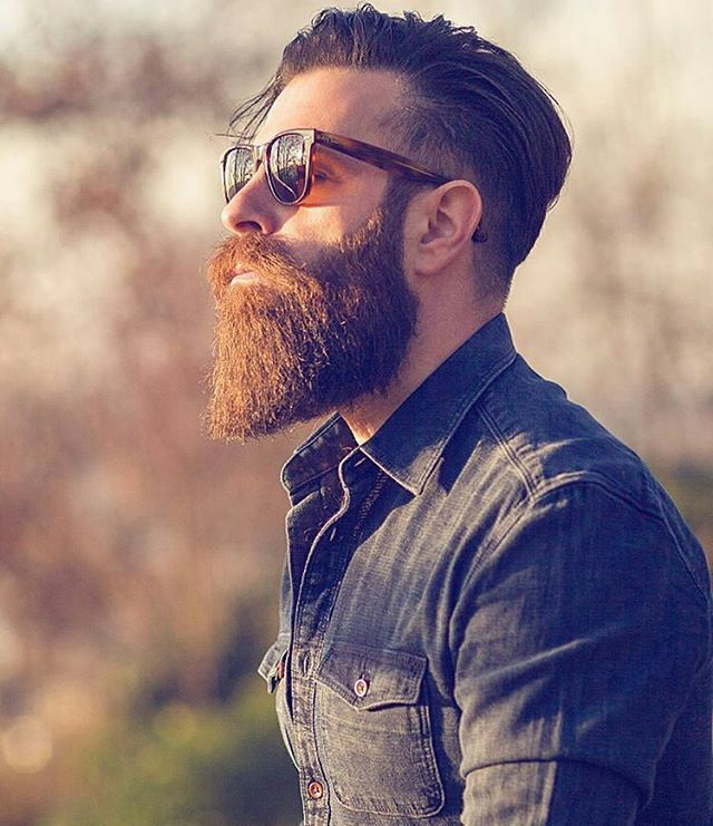 Visit www.beardsaresexy.com to have your photo posted. (link in bio) To combine your sexy beard with a killer hairstyle, check out @sexyhairstylemen Model: @wuuulli