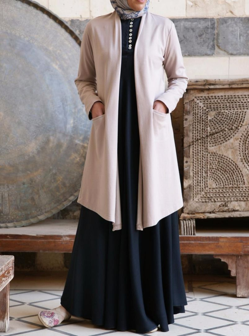 Shukr ملابس نسائية عبايات فساتين طويلة حجابات بنطلونات تونيكات بلايز فساتين سهرة للمحجبات وشالات Clothing Offers Abaya Designs Embroidered Gown