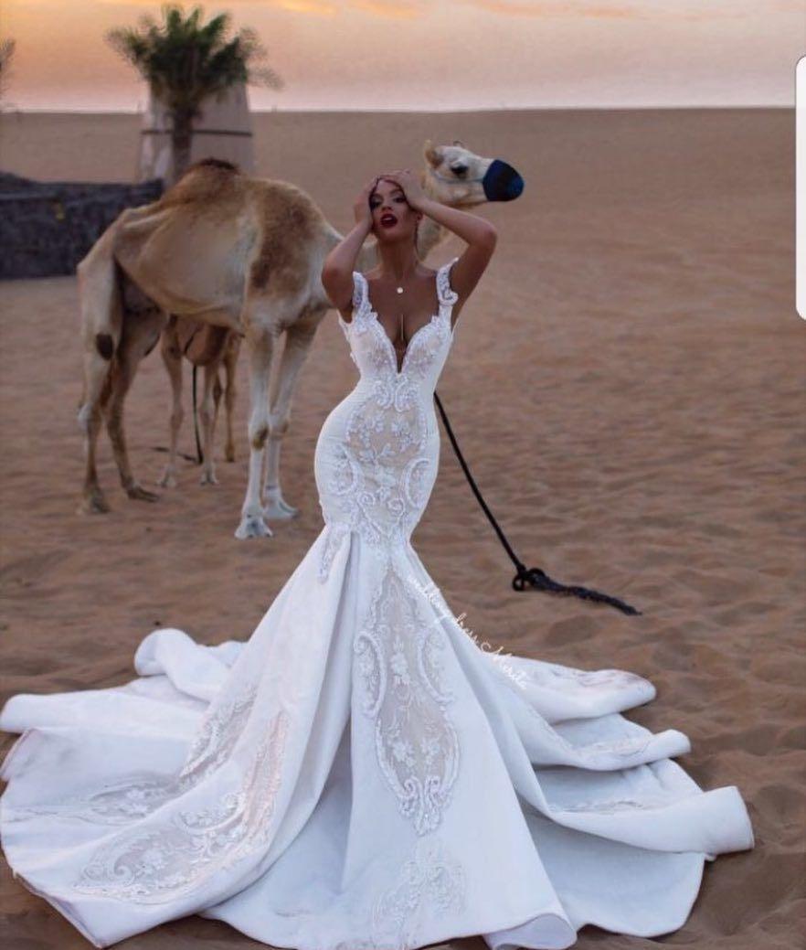 Risque Wedding Dress Photos: BRIDAL EXPERT (@dreamwedding4u) • Fotos Y Vídeos De