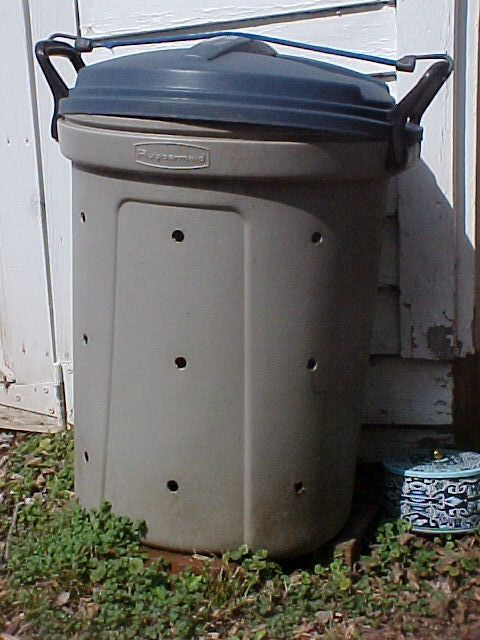Garbage Can Compost Bin How To Make A From Trash