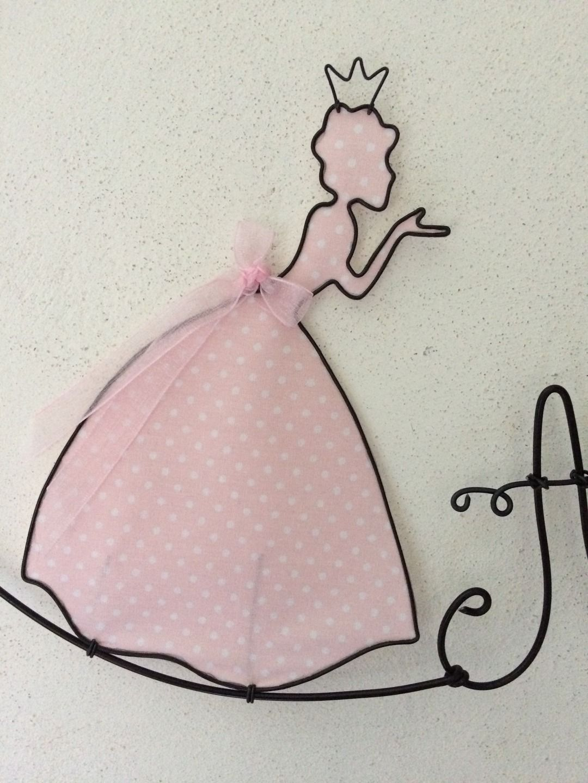prenom en fil de fer modele princesse arames e tricotin pinterest wire art wire crafts. Black Bedroom Furniture Sets. Home Design Ideas