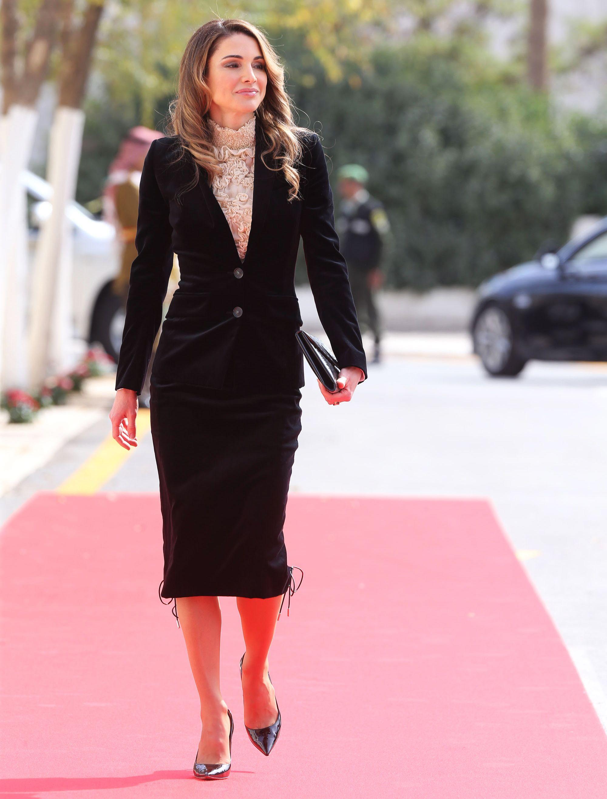 Encantador Jordan Vestidos De Dama De La Moda Galería - Colección de ...