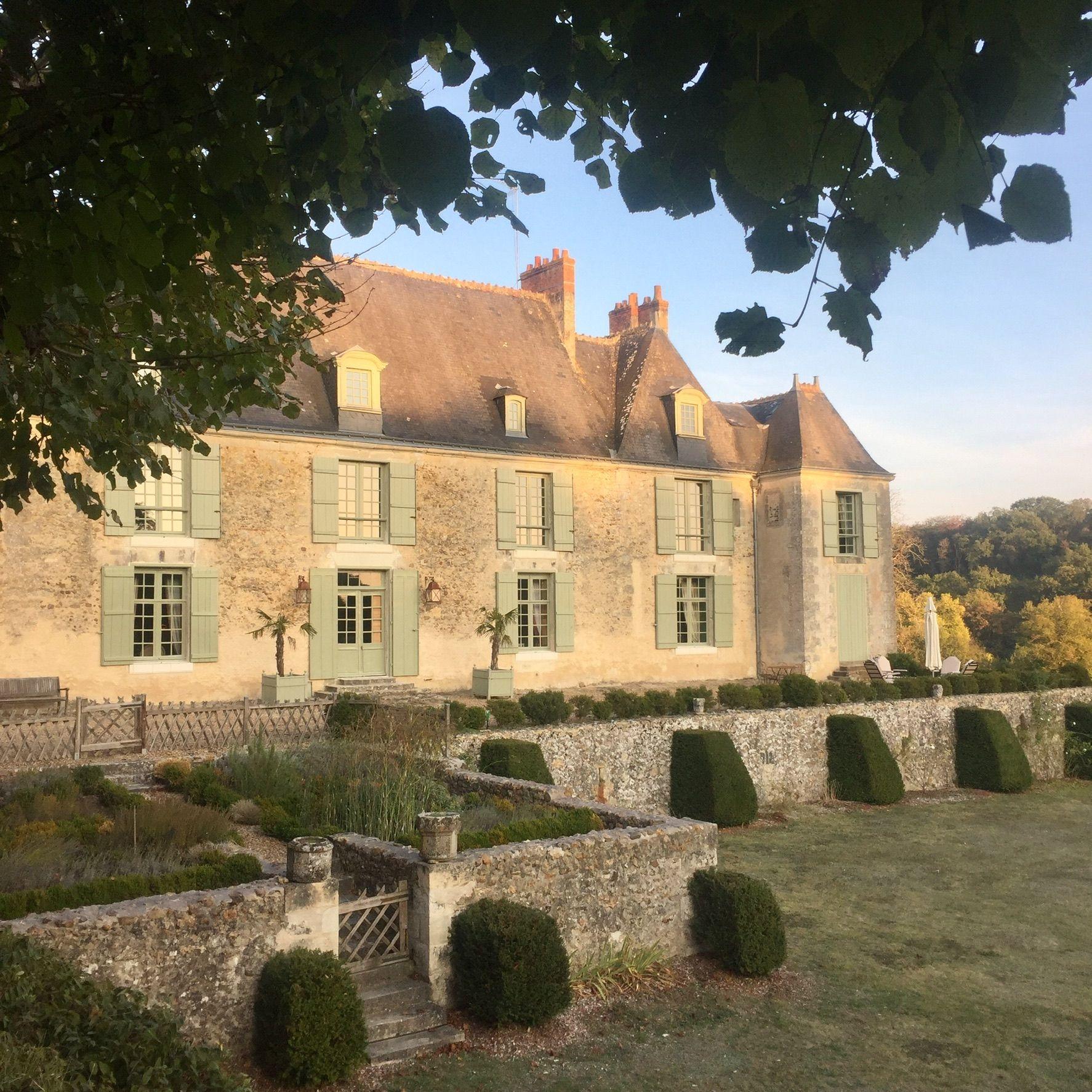 Chateau D Hodebert Chambres D Hotes Chateaux De La Loire Touraine Val De Loire En 2020 Chateau Le Manoir Chateau De La Loire