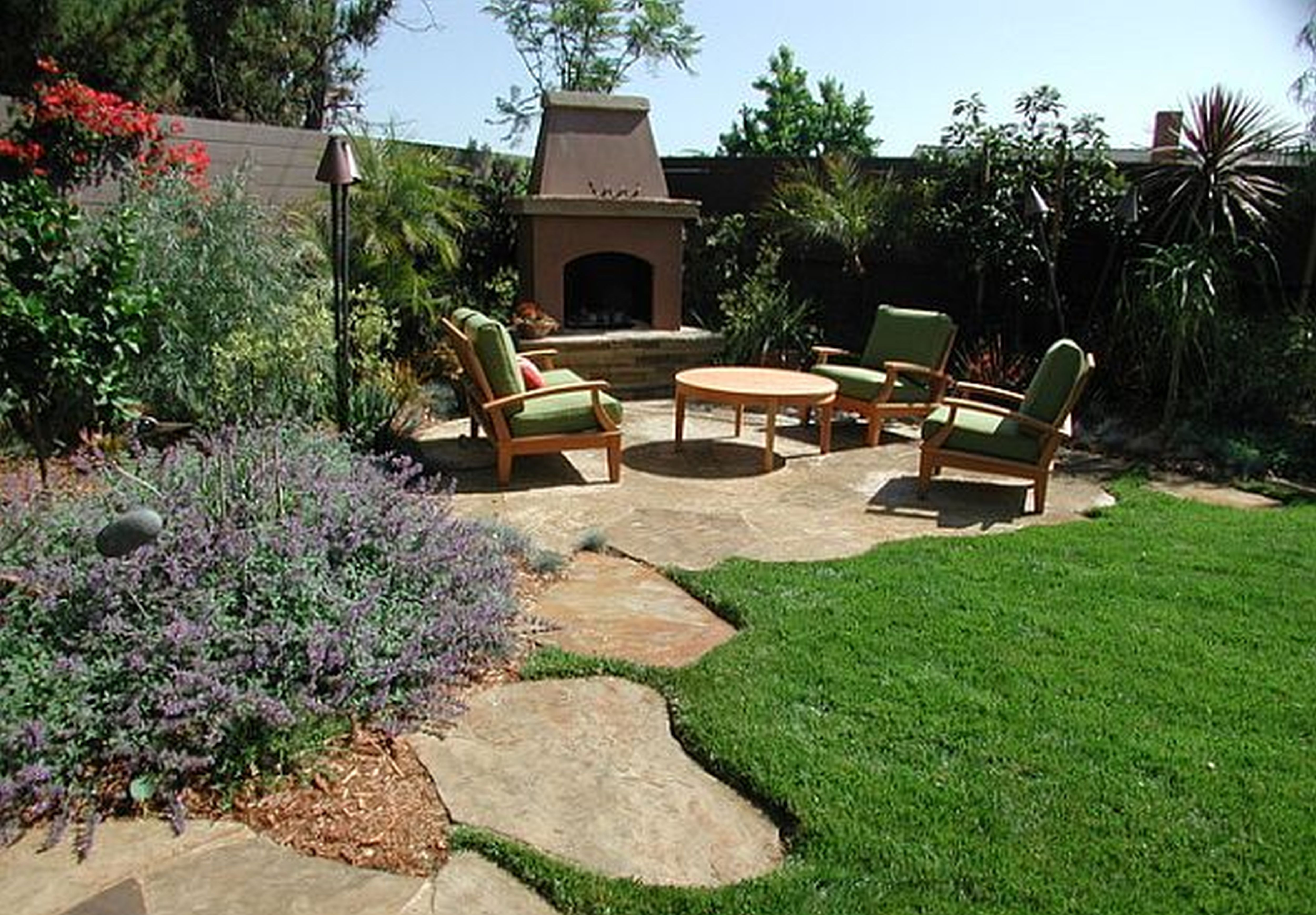 Adorable Home Landscaping Ideas Character Engaging Small Garden
