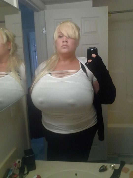 4 sexy bbw grannys with big asses and titties in showerspre 10
