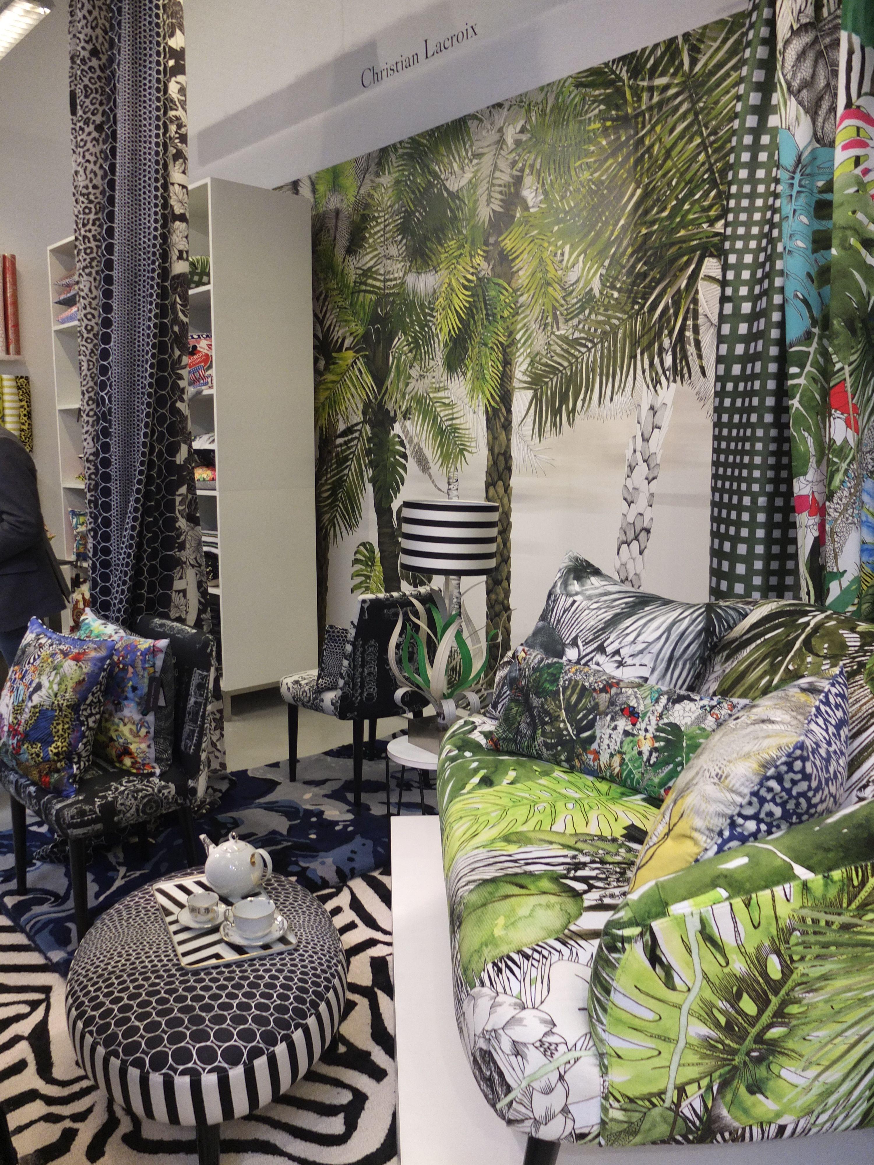 show room designers guild paris d co off 14 for the. Black Bedroom Furniture Sets. Home Design Ideas