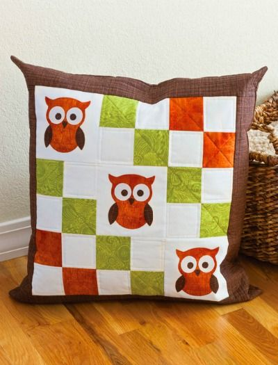 A quilt inspired, DIY sewn owl pillow is the perfect home decor for fall.
