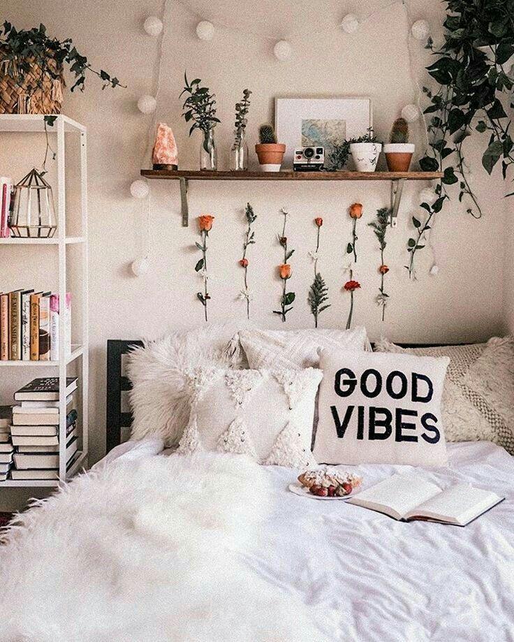 P I N T E R E S T L A U R E N Aesthetic Bedroom Cute Dorm Rooms Dorm Room Decor