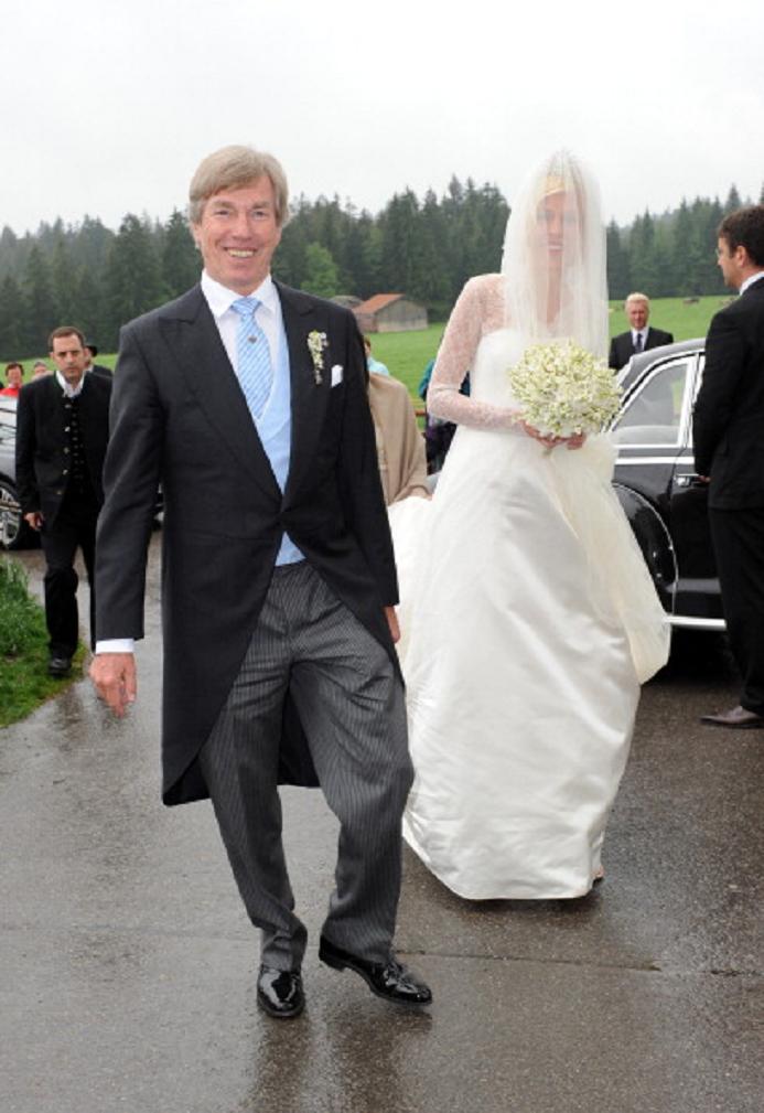 Prince Leopold Von Bayern And His Daughter Princess Felipa Von Bayern Royal Brides Wedding Royal Weddings