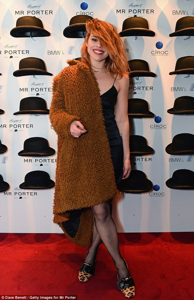 4414eca6cd7a1 Low-key  Billie Piper seemed to be rocking an uncharacteristically laid-back  look as she attended Mr Porter s fifth birthday celebration at London s  Savile ...