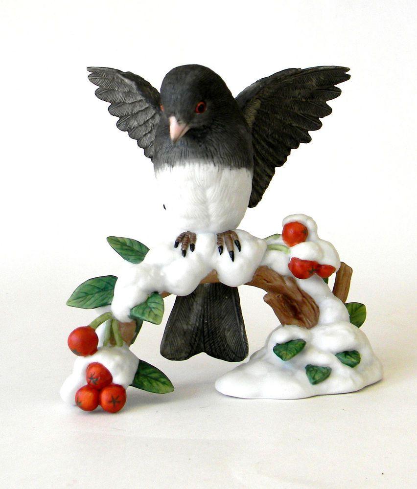 lenox dark eyed junco garden bird winter snow w berries 1991 4 5in