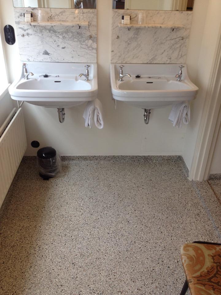 renovatieproject jaren 50 woning door Chinon Tonin | badkamer ...