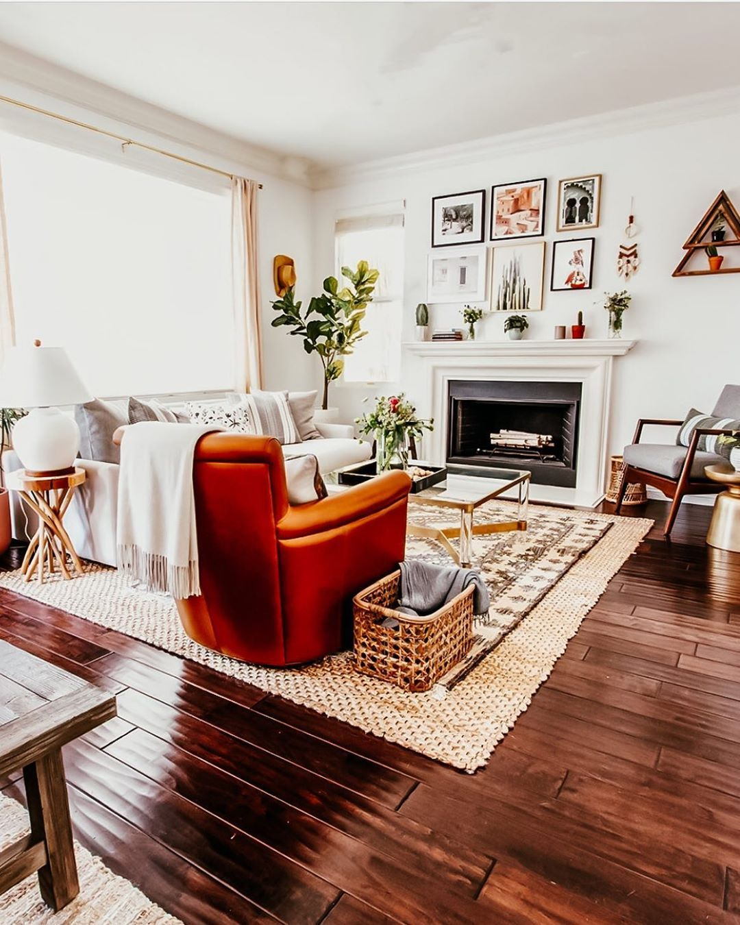 **LAST CHANCE** Take one last look at our old family room ... on Fireplace Casual Living id=39193