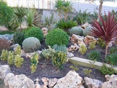 Como tener un jardin de rocalla p2 01 jardin patios - Como arreglar un jardin ...