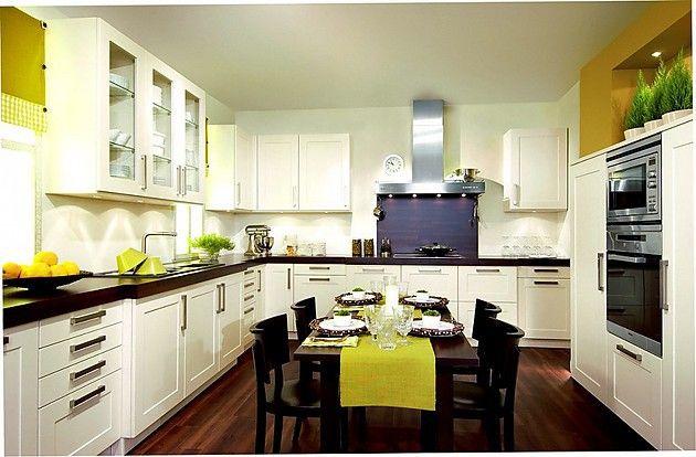 L-Form-Küche Pergamon in Weiß mit Breitrahmen Küche L-Form