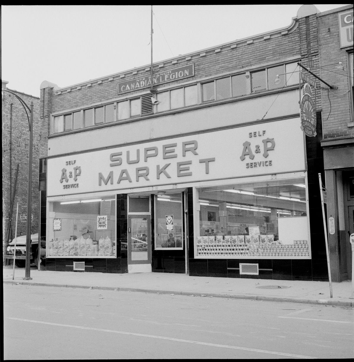 Exterior of A & P store, King St. Nov 7, 1955 Vintage london