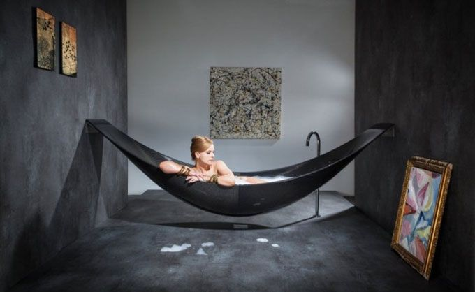 Floating hammock bath tub
