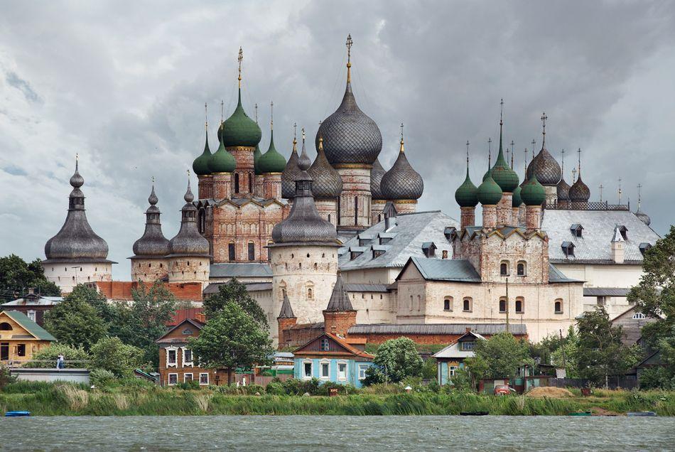The Rostov Veliky (Rostov the Great) Kremlin was built on