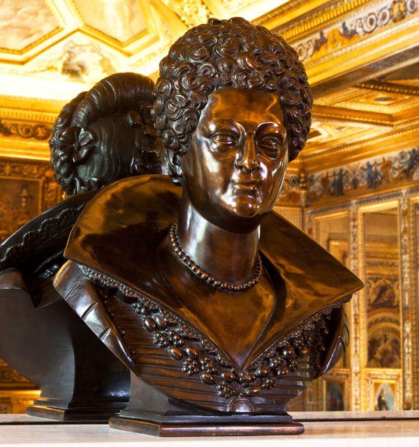 Marie de Médicis © Sénat: il est probable que ce buste de 70 cm de ...