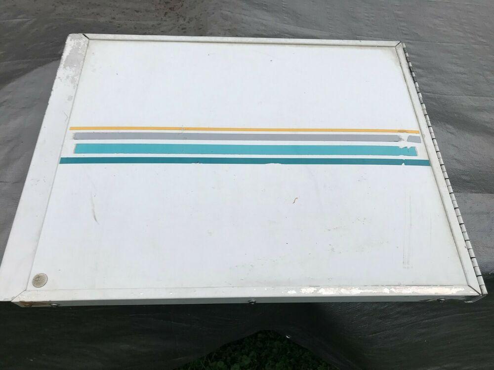 1992 Coleman Camper Pop Up Destiny Series Arctic White Access Door