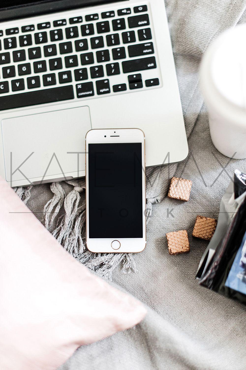 Download Gorgeous Feminine Lifestyle Stock Photos For Girlbosses Everywhere Grab This Stunning Iphone Mockup At Katemaxstock Com