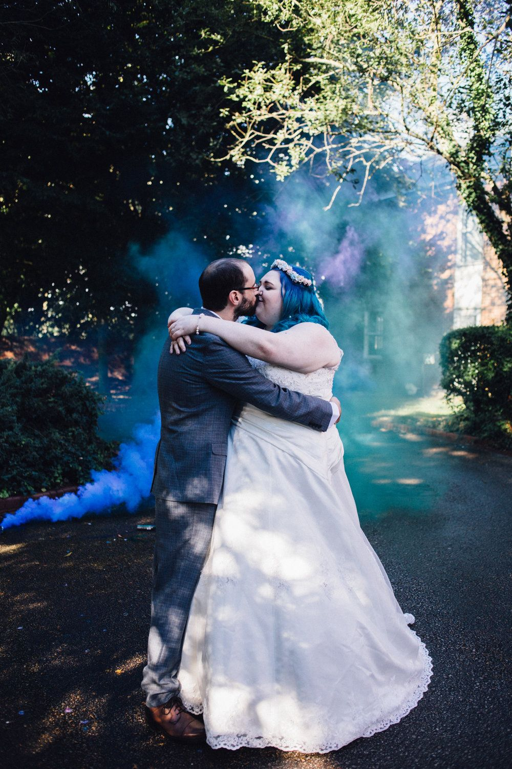 Smoke Wedding Photo Ideas Alternative Photography Chloe Lee