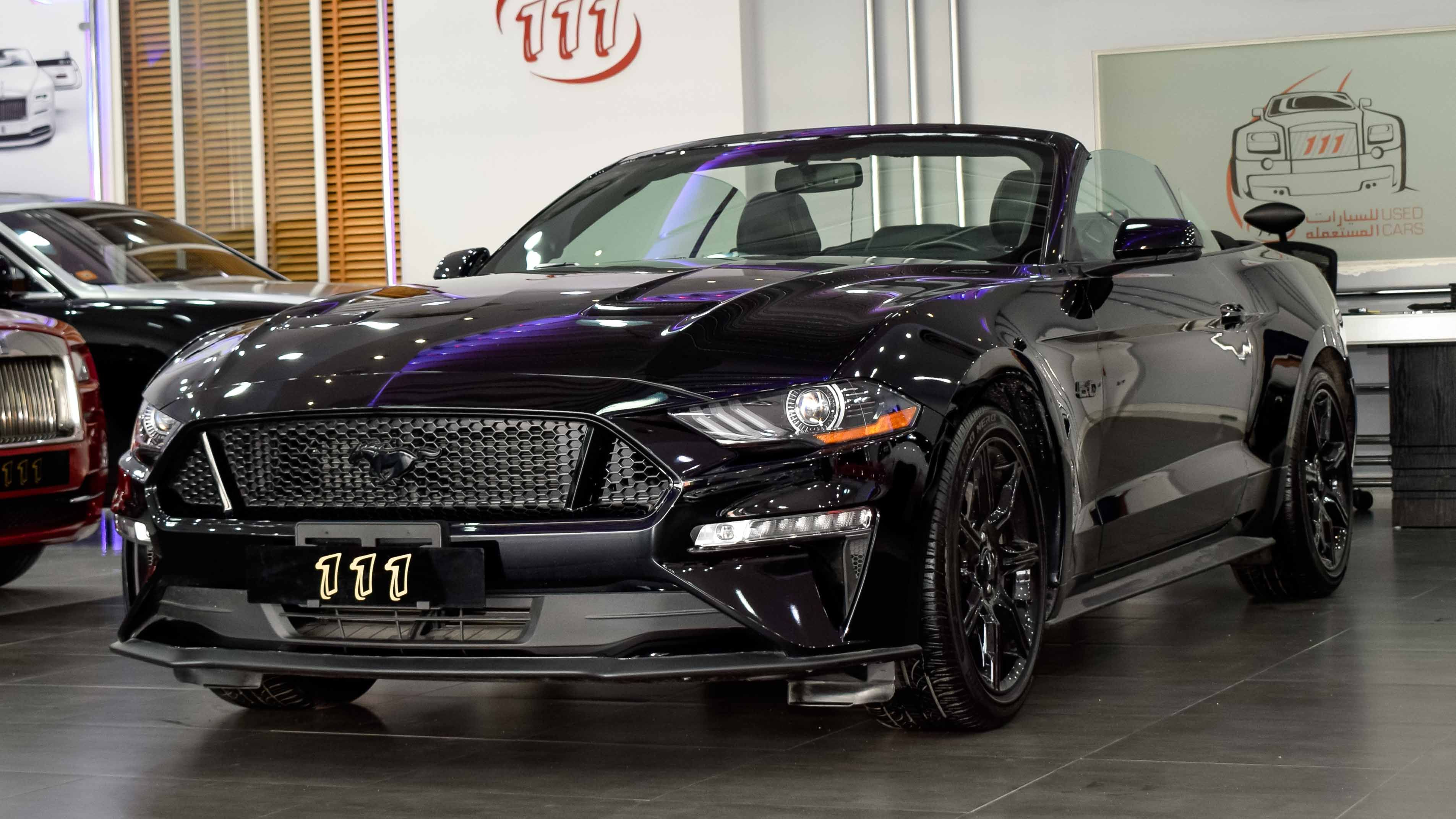 Model Ford Mustang 5 0 Gt V8 Year 2018 Km 14 600 Price Uae Dirham 145 000 Aed Call 00971 50 971 6111 Ford Mustang Mustang Used Cars