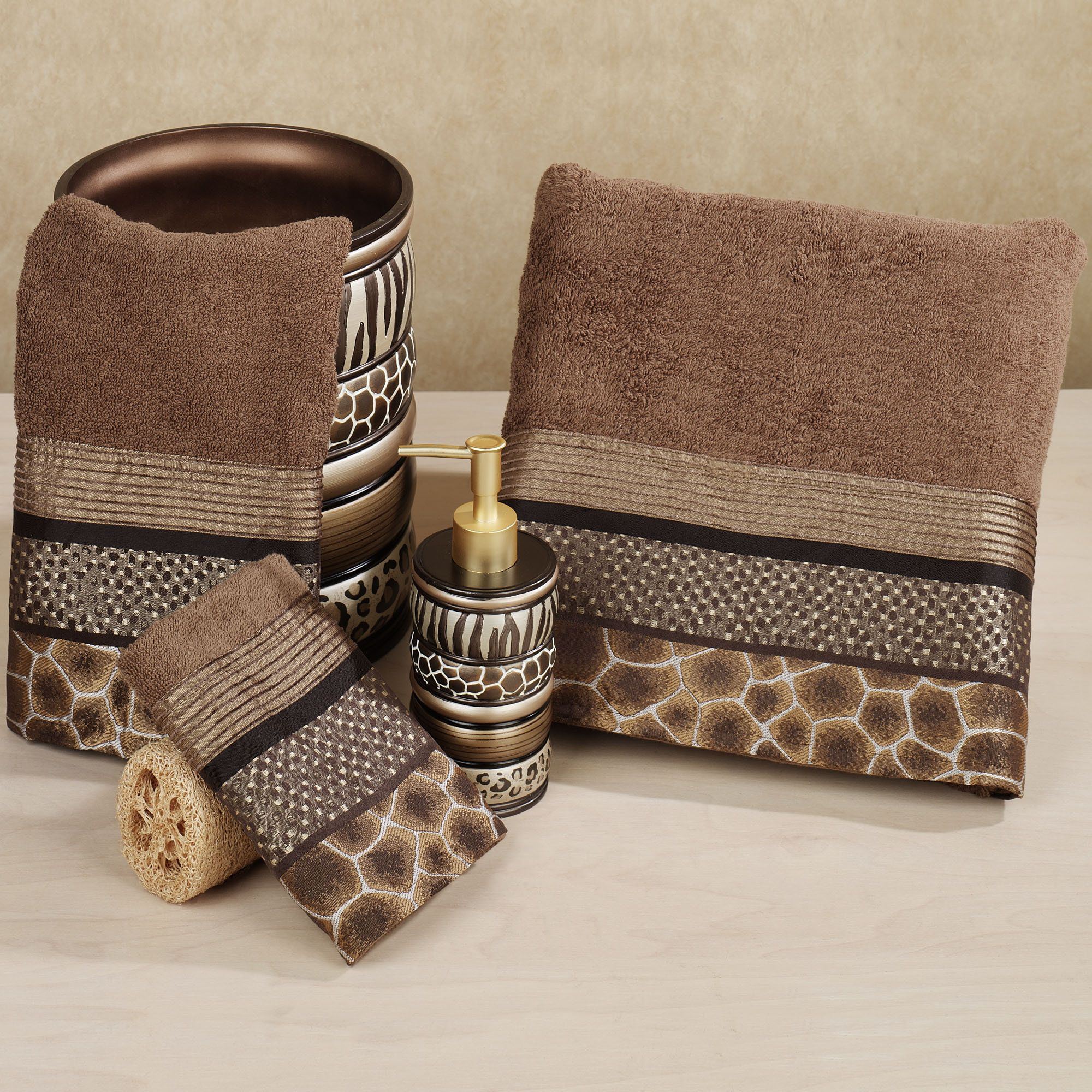 Wonderful Safari Stripes Animal Print Bath Towel Set