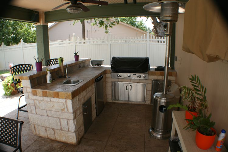 Cocinas al aire libre buscar con google favela for Idea paisajismo patio al aire libre