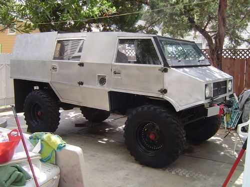 Jay leno s garage 1973 mercedes unimog custom ugly for Garage mercedes 93 bondy
