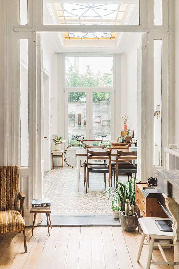 un intérieur green, geek et vintage | home vintage | home, retro