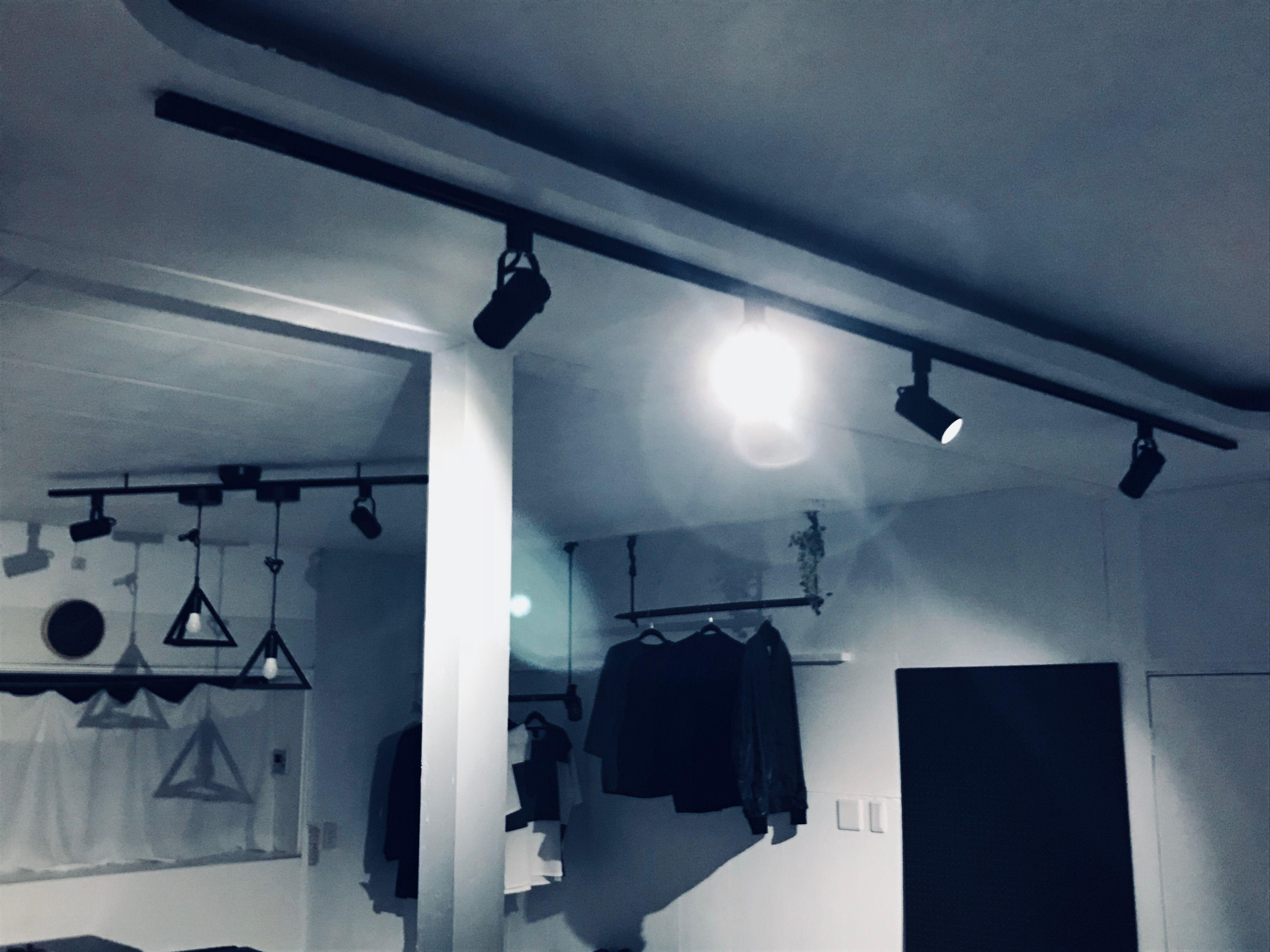 ダクトレール ライティングレール照明をdiy ライティングレール