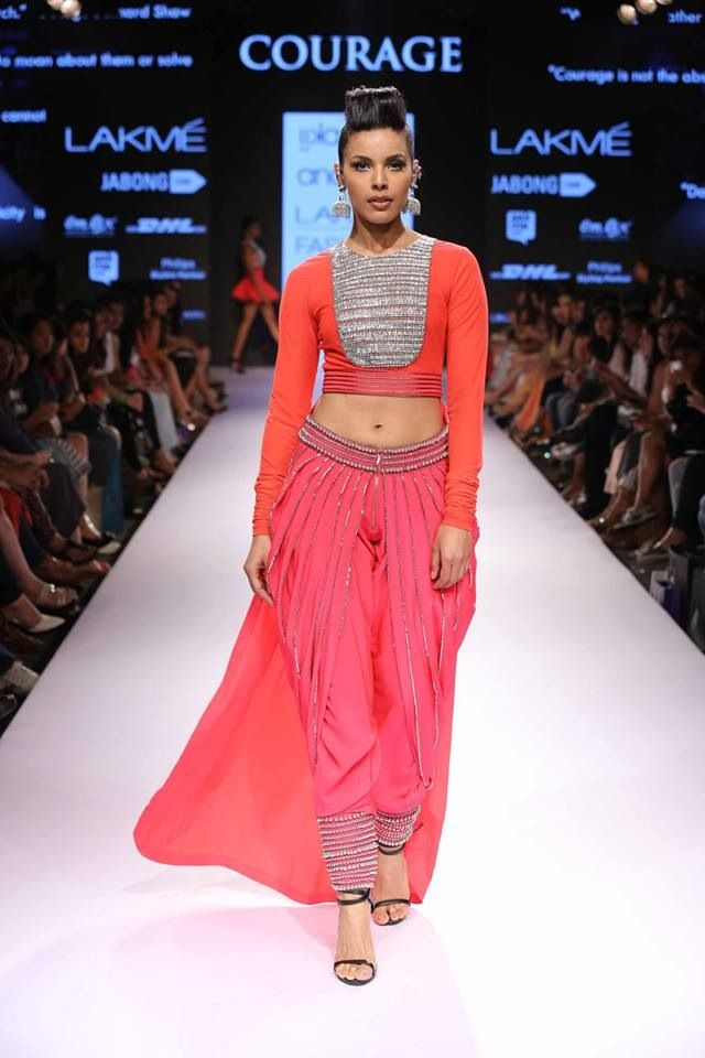 fashion fashion surat,gujarat,india contact : +91 7574077785