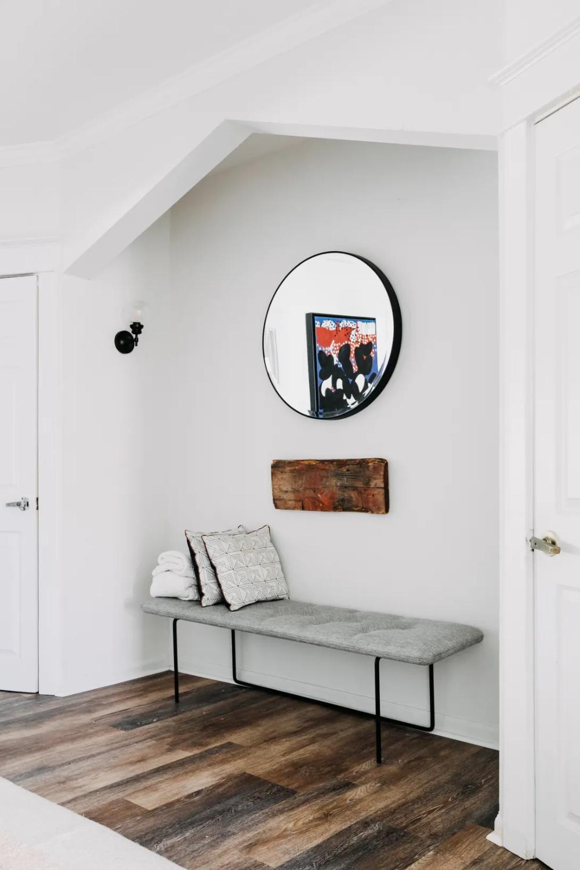 This Designer's Philadelphia Apartment Has an Overflowing