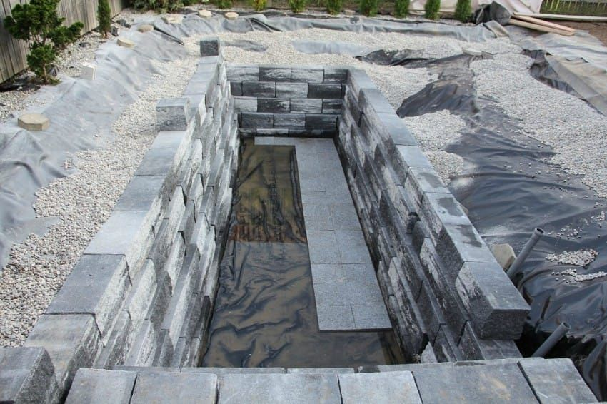 This is a serious diy pool. Apparently a lot of people are building their own swimming pools. You'd have to …