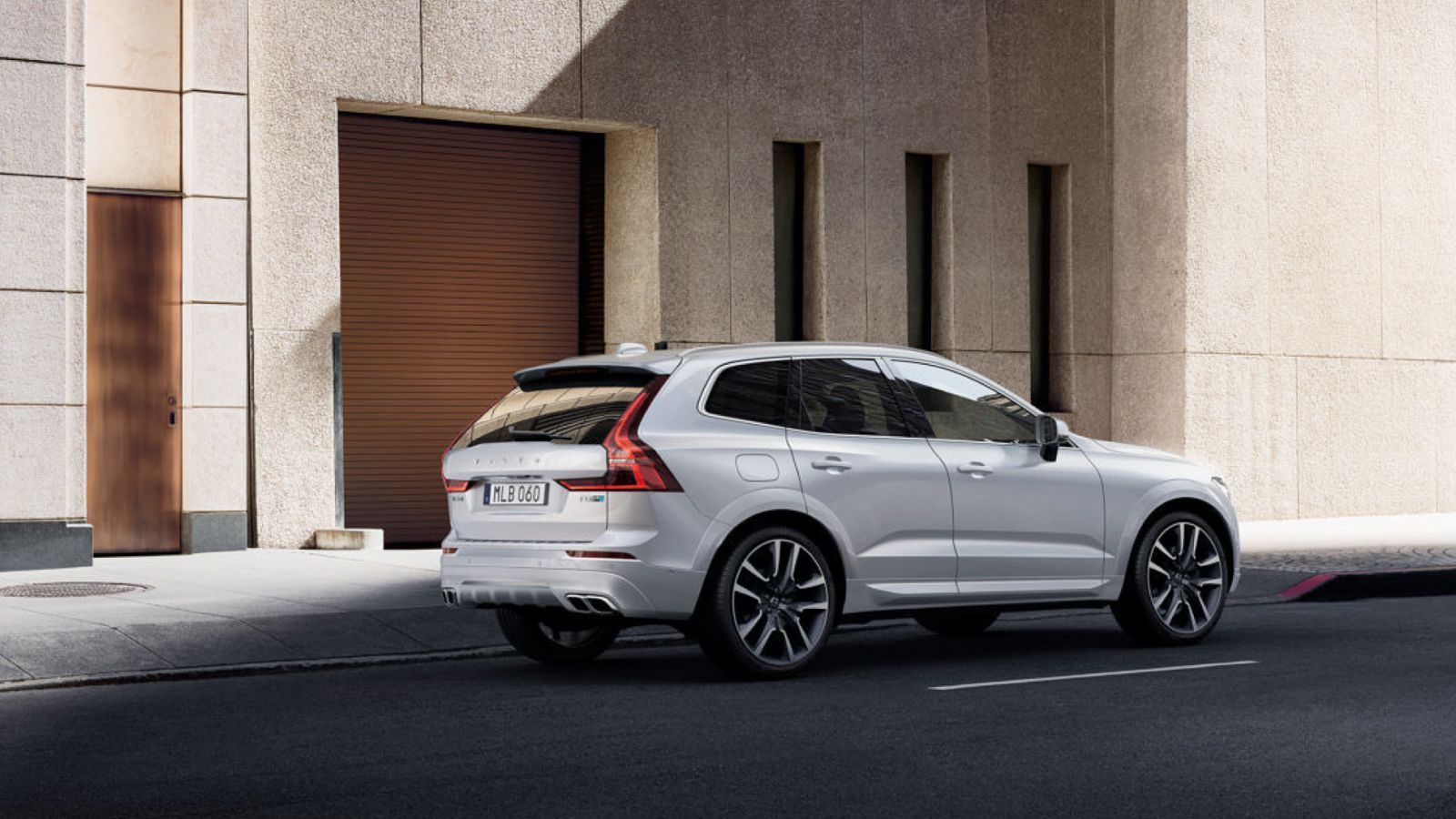 The Volvo Xc60 Polestar Has Almost As Much Power As A Corvette Volvo Xc60 Volvo Pole Star