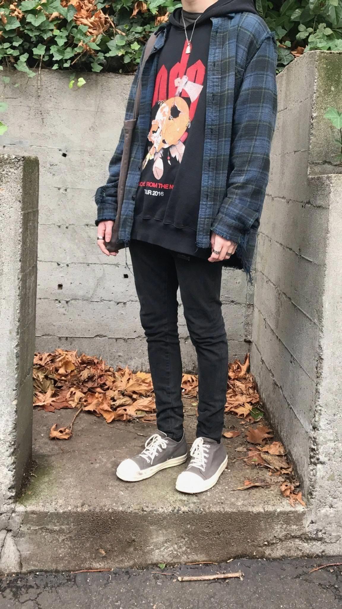 90s Grunge Style Men
