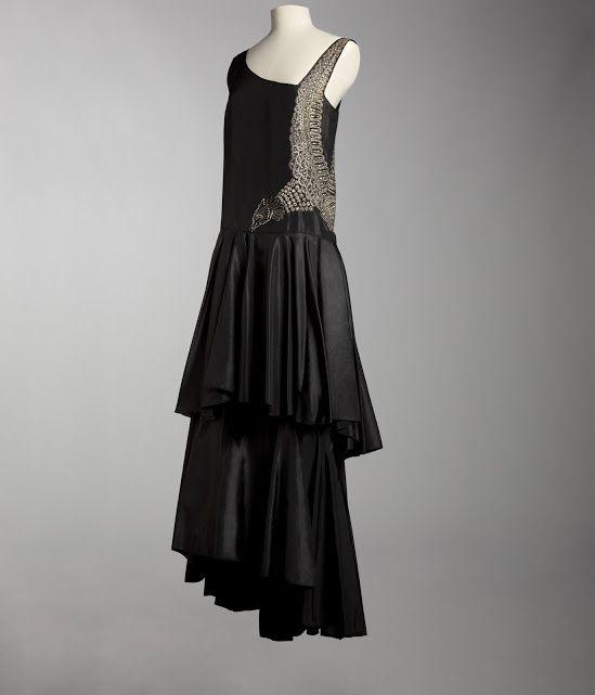Jeanne Lanvin evening dress, 1929. Collection ©Musée Galliera City of Paris