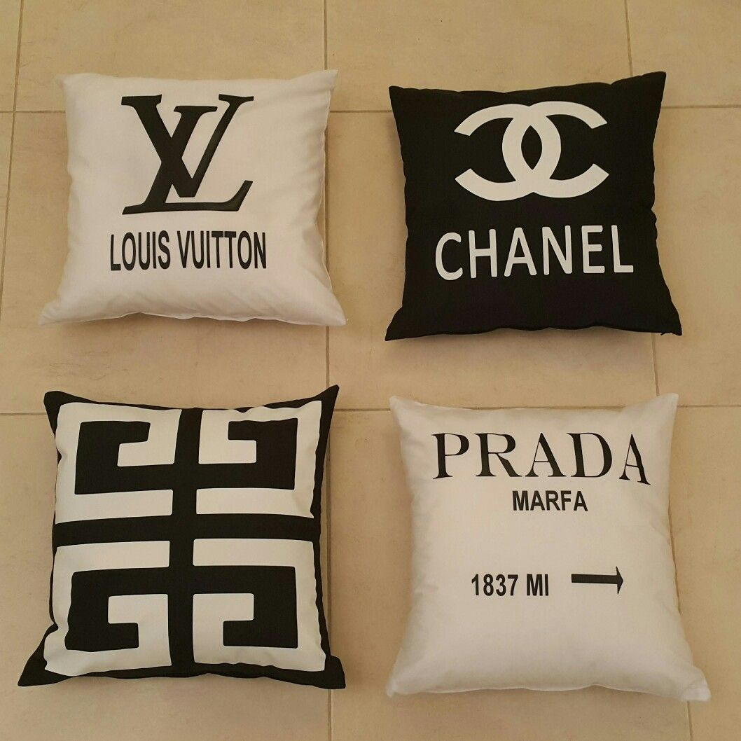 Pin By يوسف شريف On مخدات Prada Marfa Louis Vuitton Vuitton