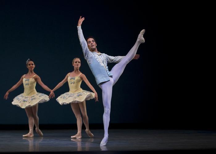 Jaime Garcia Castilla in Divertimento No. 15 ch: Balanchine. Photo: Dance Europe