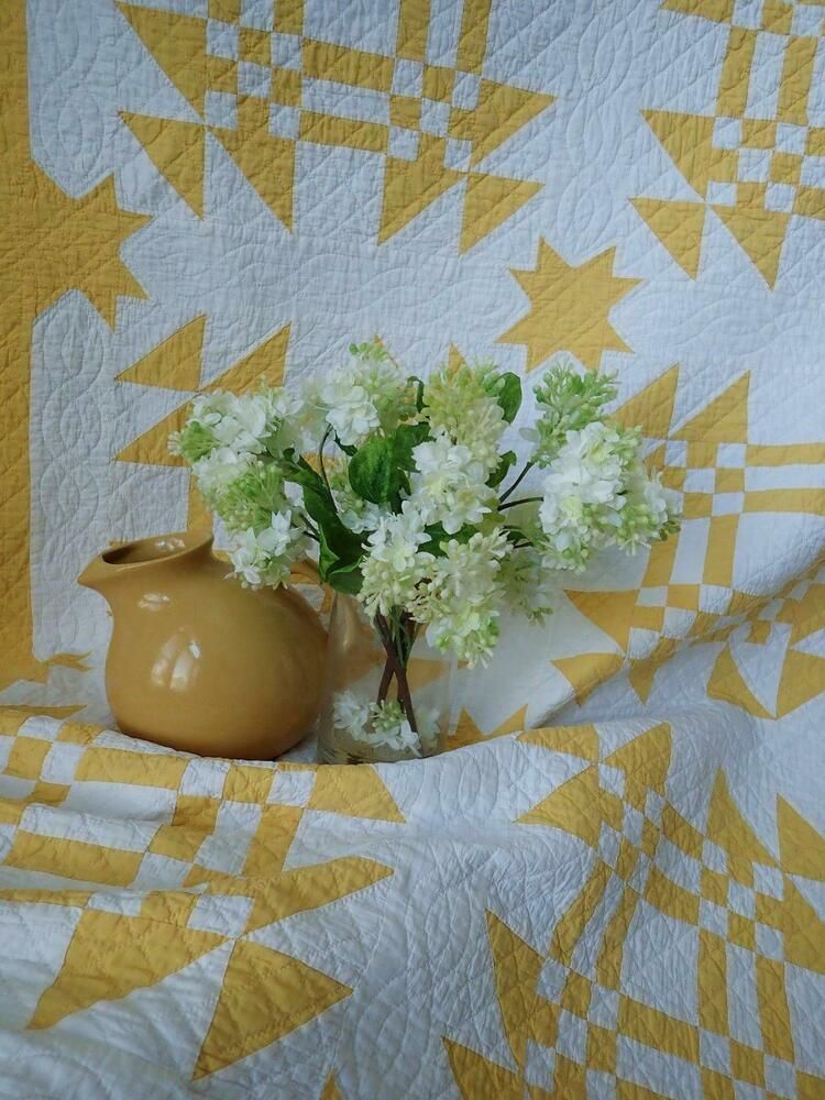 Gorgeous Quilting Antique 1920s Marigold Or Mustard Yellow White Quilt 98x84 Yellow Quilts Two Color Quilts Historical Quilts