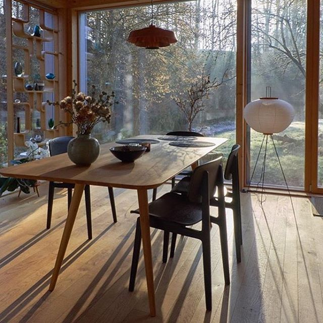 """139 Synes godt om, 1 kommentarer – NORR11 (@norr11) på Instagram: """"Wow! We love this dining room, where the #ny11 dining chair is a part of the interior design.…"""""""