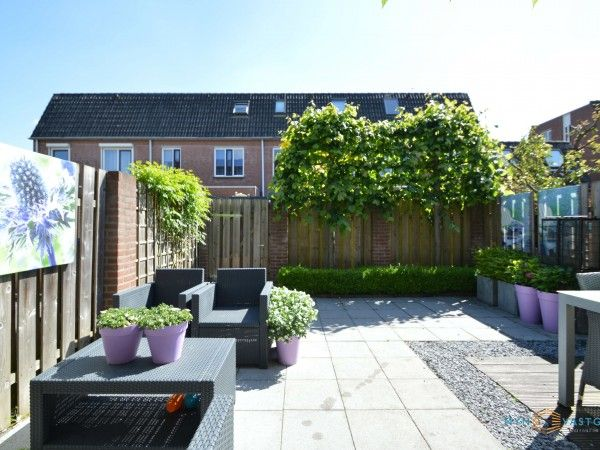 Fraai aangelegde tuin Torenvalk 61B Etten-Leur Pinterest