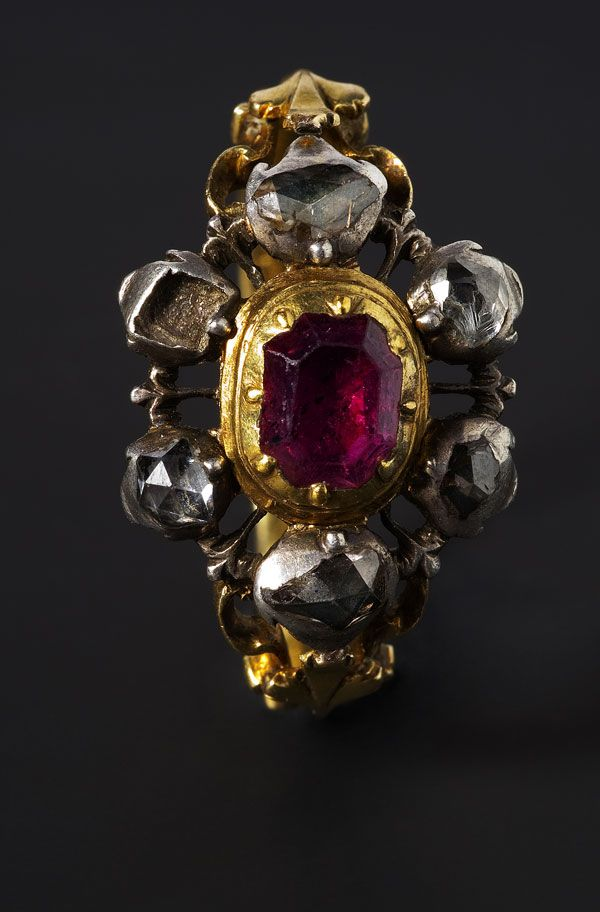 Ring  Gold, diamonds, silver adn ruby  France, late 18th C.
