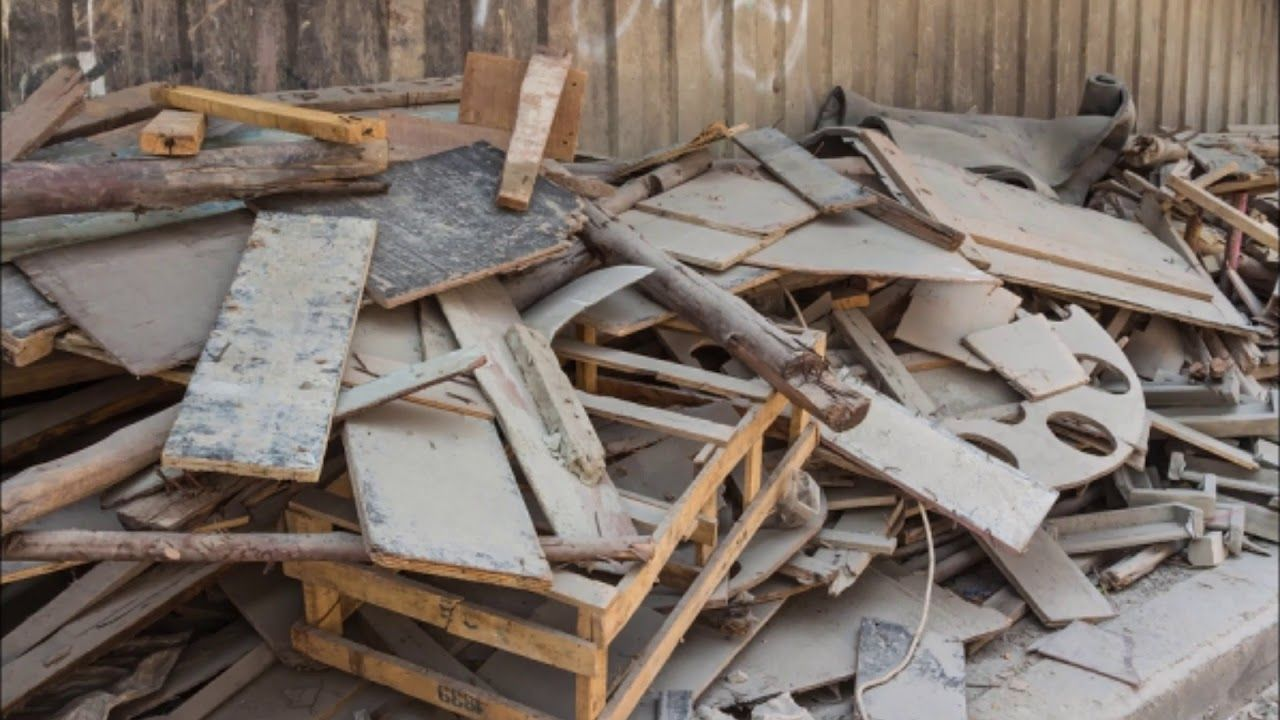 Debris Removal Construction Renovation Debris Haul Away In Omaha Ne Pr Debris Removal How To Remove Junk Removal