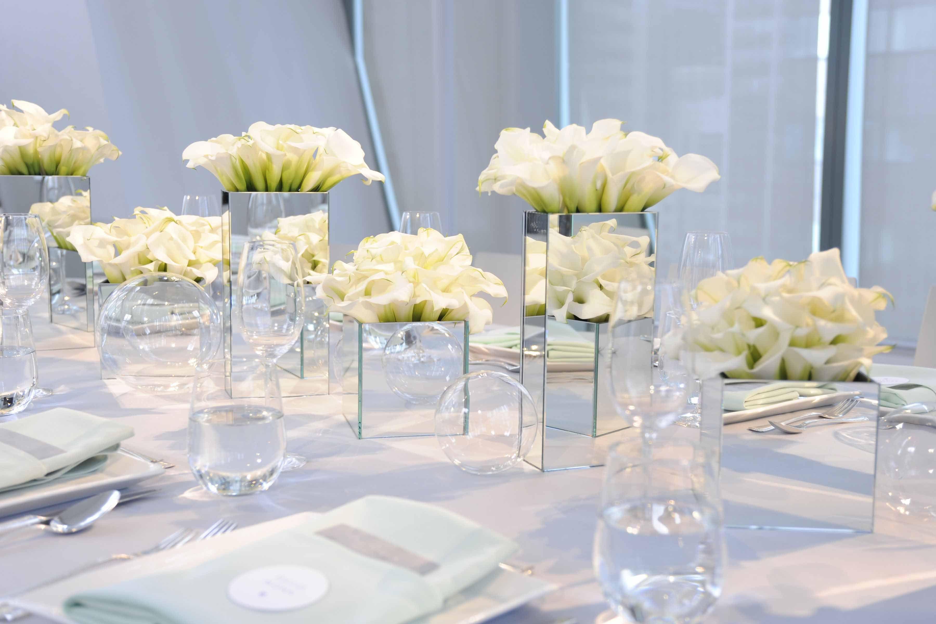Weddings The Art Of Entertaining Mirror Vase Centerpiece Modern Wedding Decor Mirror Vase