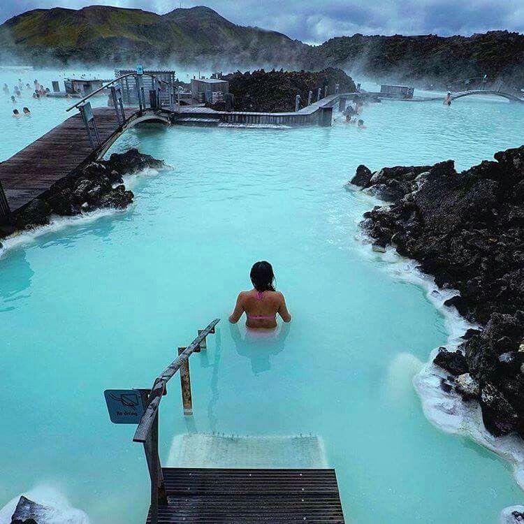 Lagoa Azul,   Islândia.