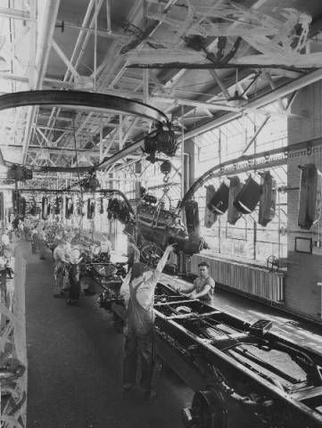 Ford Motor Company Assembly Line Louisville Kentucky 1934