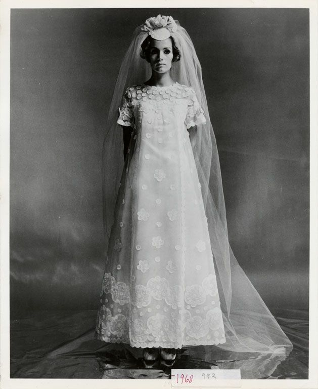 ebfa8a42e Priscilla of Boston wedding dress, 1968 | GORGEOUS VINTAGE STYLE ...